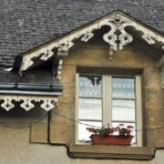 Les lambrequins, plus que des éléments de décoration créole - Photo de l'utilisateur Morburre (Wikipédia)