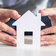 Si vous projetez d'acheter un bien immobilier afin de devenir propriétaire, une question essentielle s'impose : dans l'ancien ou dans le neuf ?