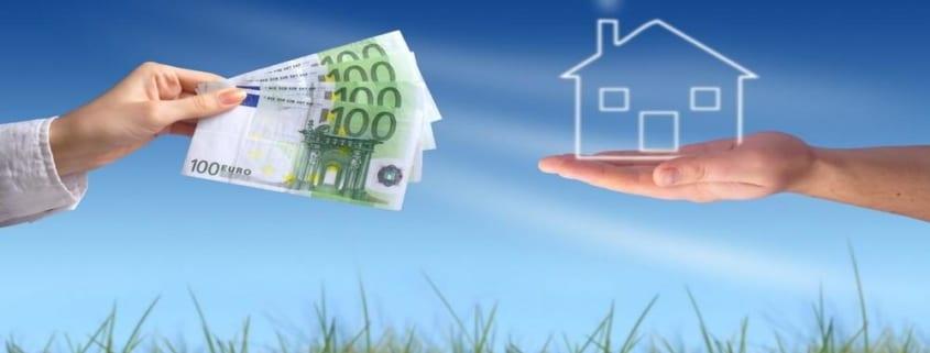 La crise sanitaire du COVID-19 ayant entraîné une crise économique sans précédent, de nombreux Français préfèrent investir dans l'immobilier, valeur refuge.