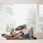 Il convient de préparer votre projet d'achat immobilier à deux. Voici les facteurs à éclaircir pour réussir cet investissement.