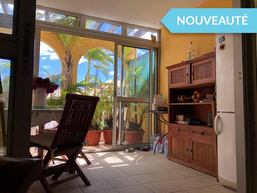 Apt T2 meublé à vendre – Saint-Gilles les Bains