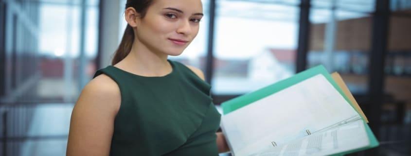 Quels documents doivent figurer dans un dossier de location ? Rappel sur les documents obligatoires et facultatifs.