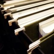 Vente d'un bien immobilier : voici une liste pratique des documents que le vendeur doit à tout acquéreur potentiel.